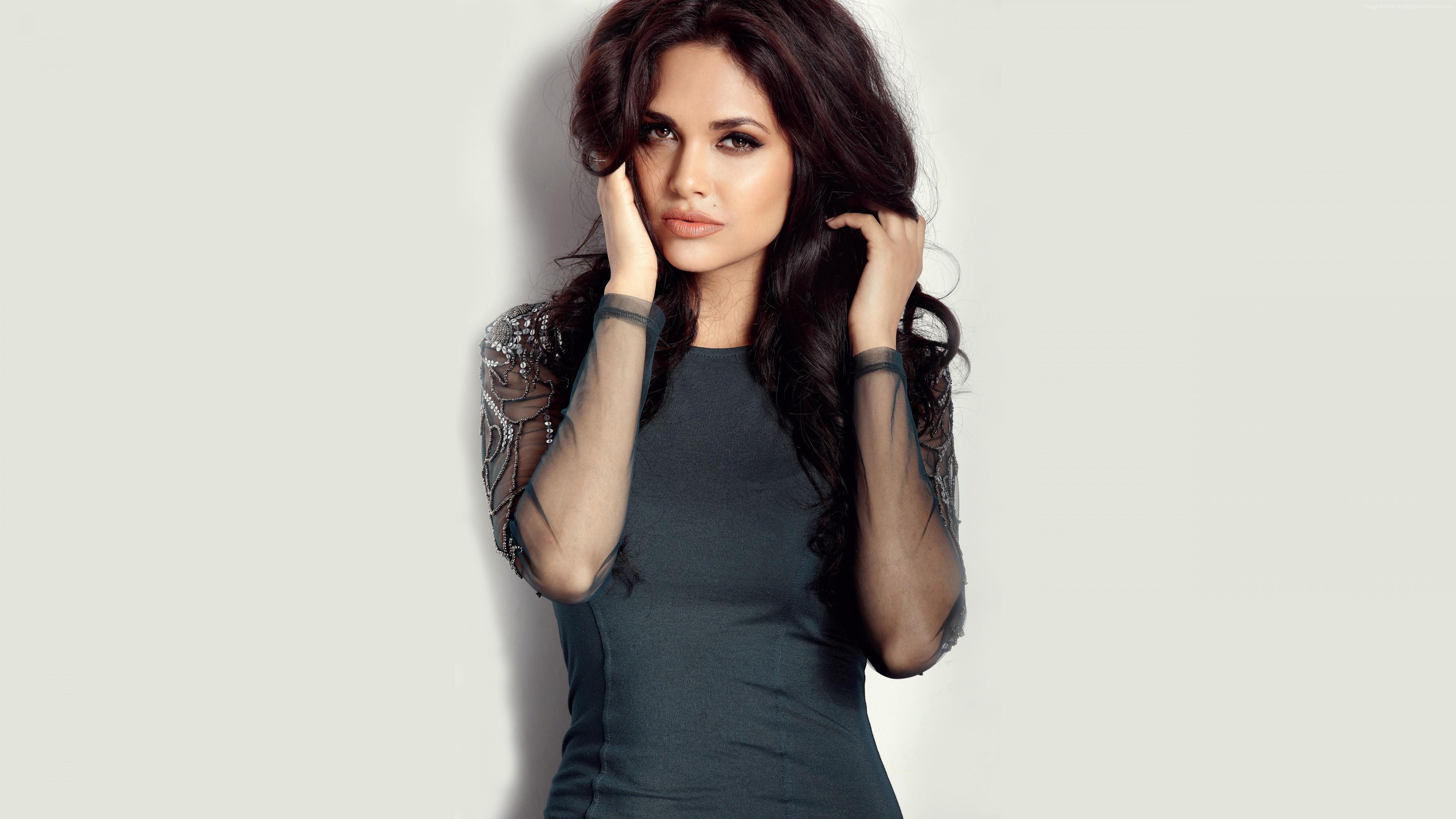 Wallpaper Esha Gupta, Hot, Bollywood, 5k, Celebrities 5k