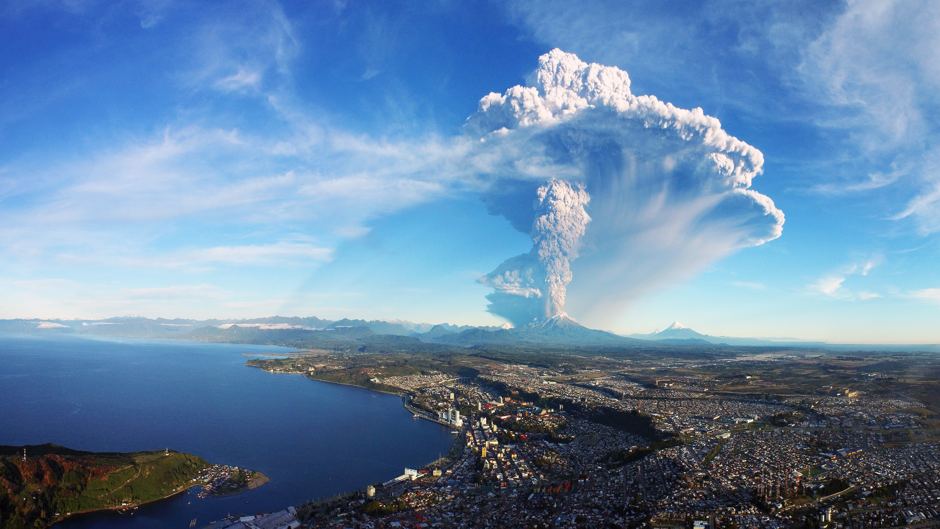 Calbuco Volcano Eruption Chile 4K Ultra HD Desktop