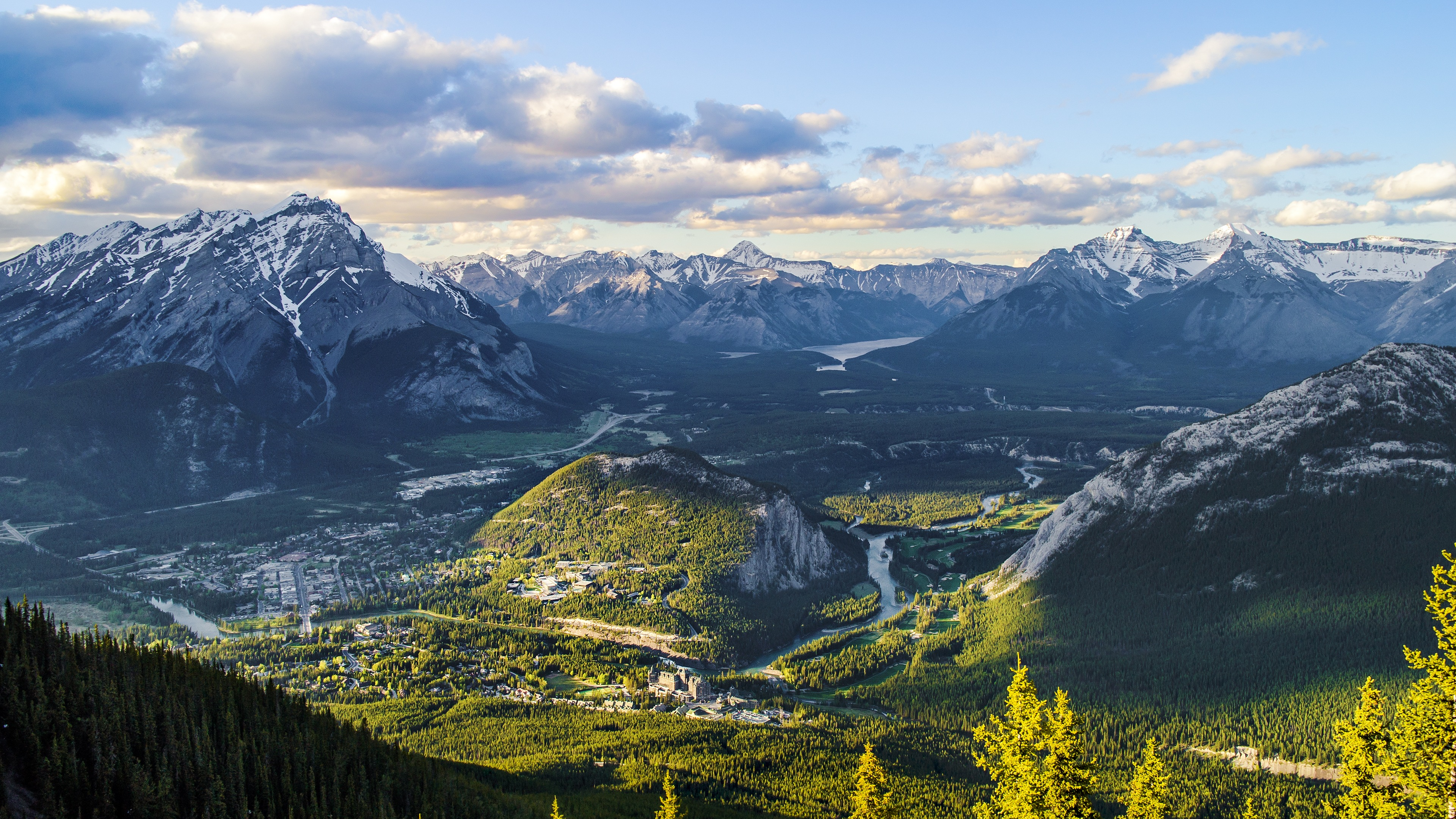 Sulphur Mountain Canada 4K Ultra HD Desktop Wallpaper