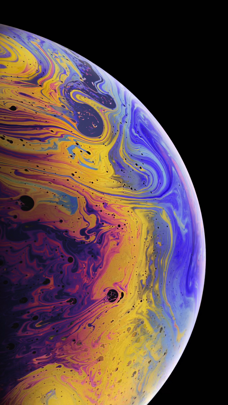 iPhone Xs wallpaper silver