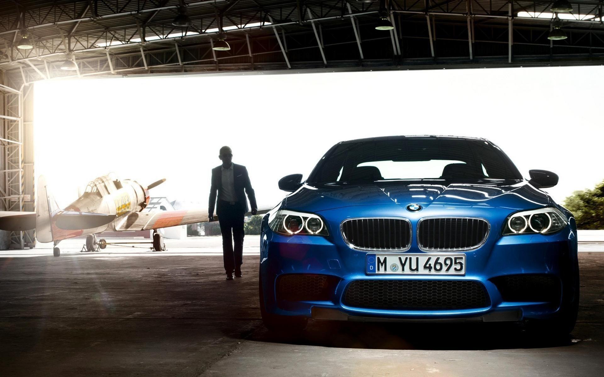 4K BMW Free Wallpaper
