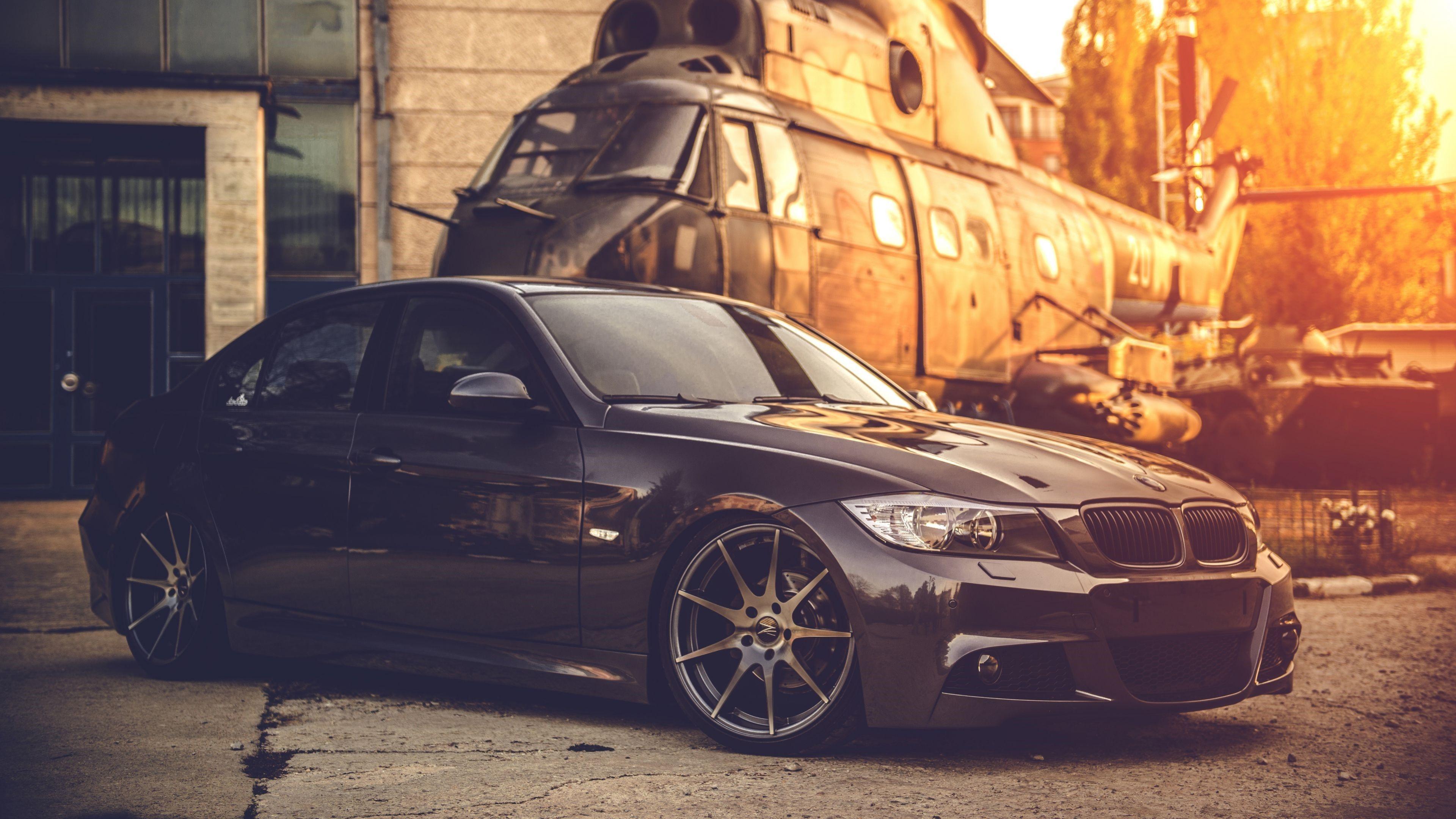 4K BMW Photo
