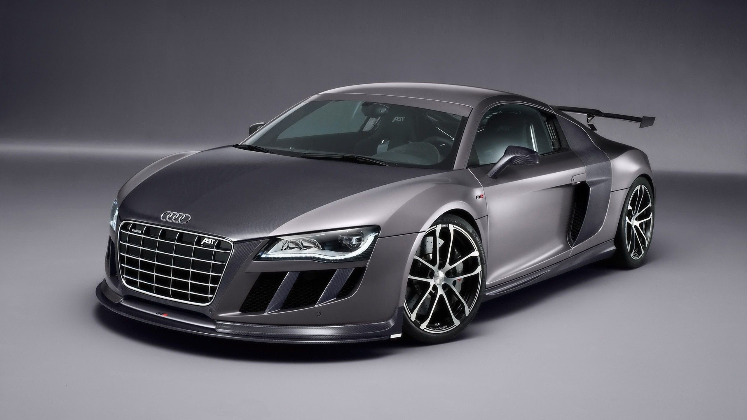 Audi R8 Front 4K Wallpapers
