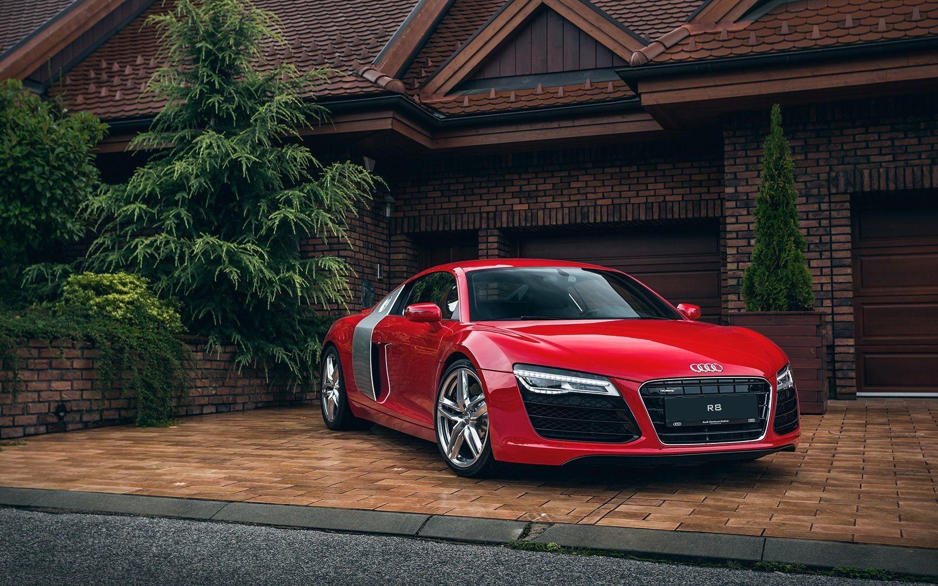 Audi R8 Front Photo