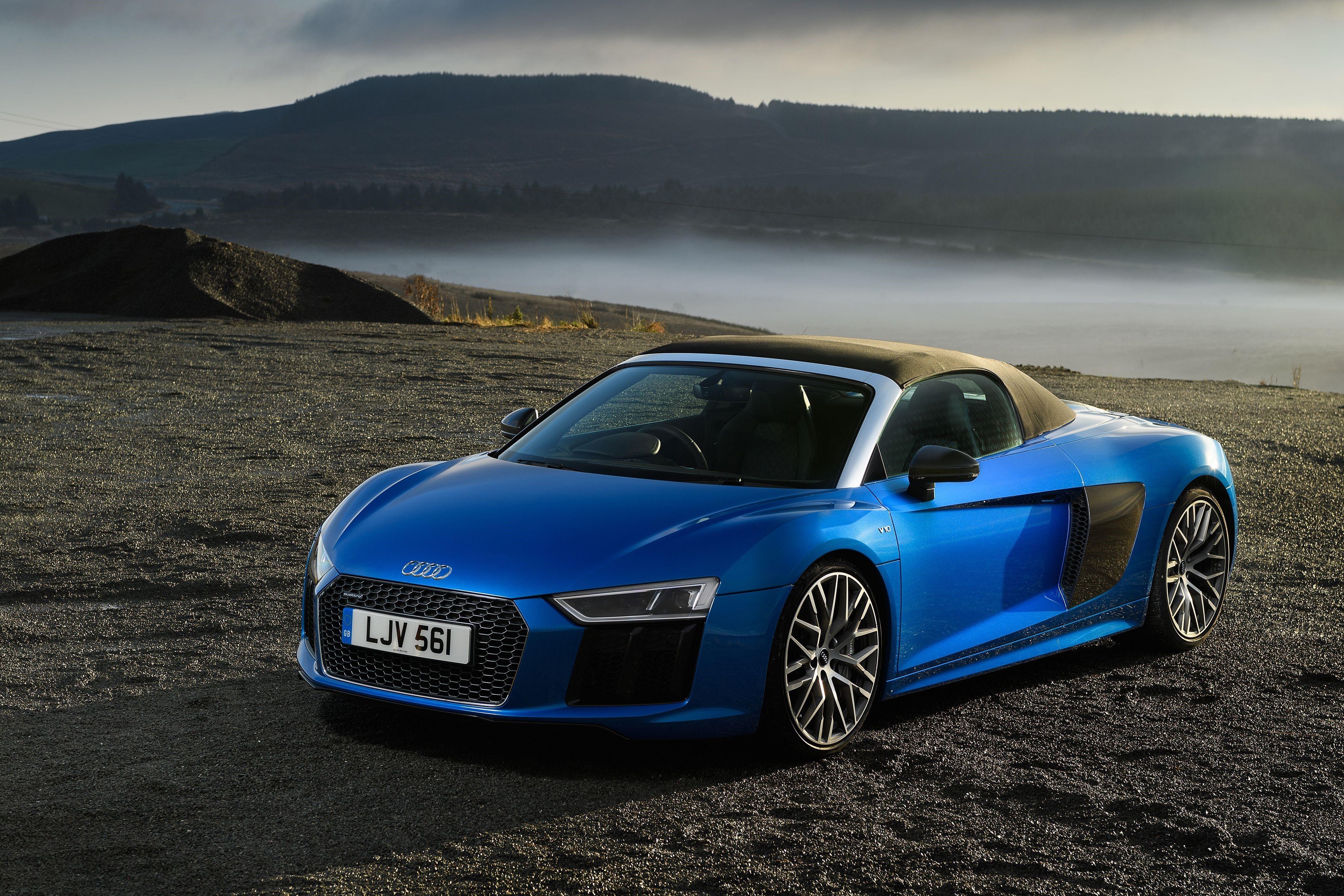 Audi R8 Front Pics