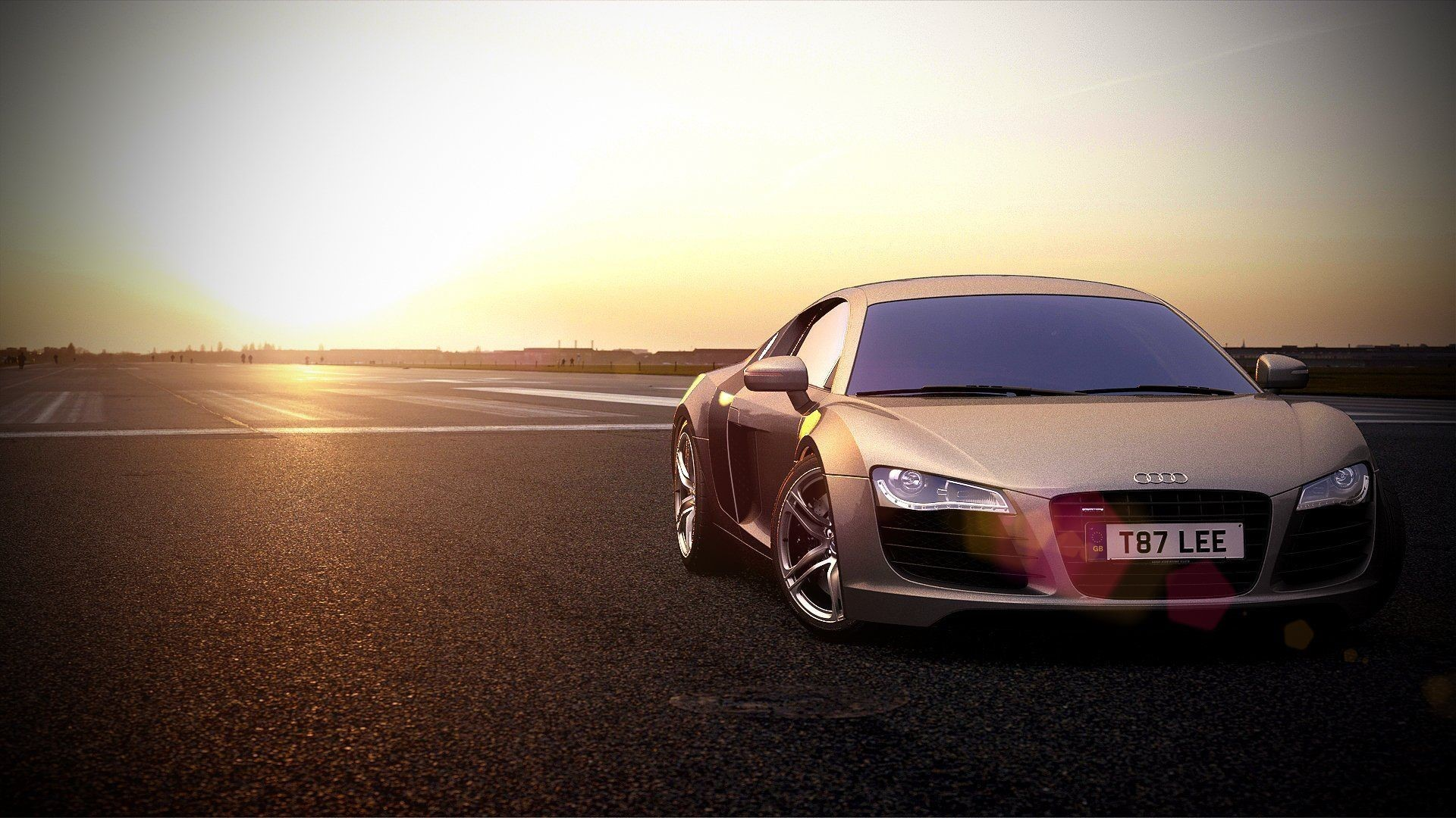 Audi R8 Front Pictures