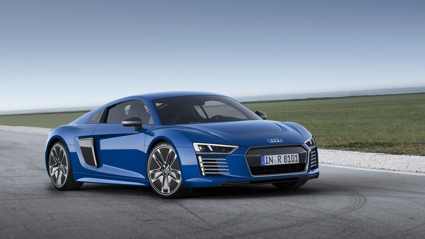 Audi R8 Front UHD Wallpapers