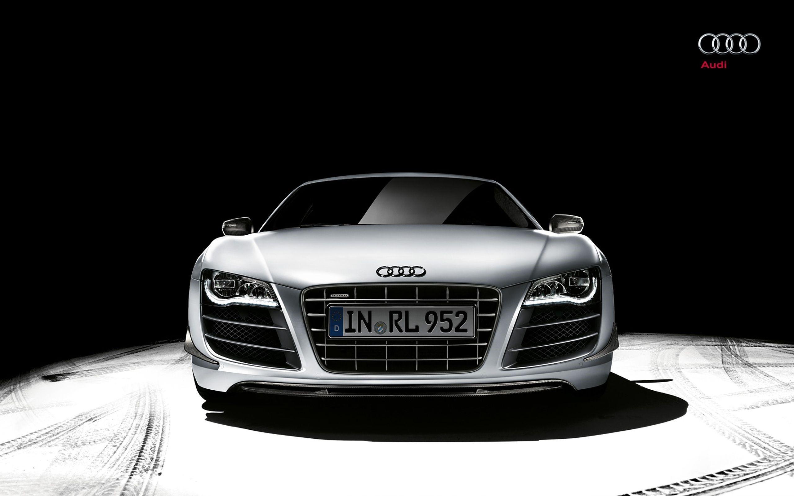 Audi R8 Front Wallpaper