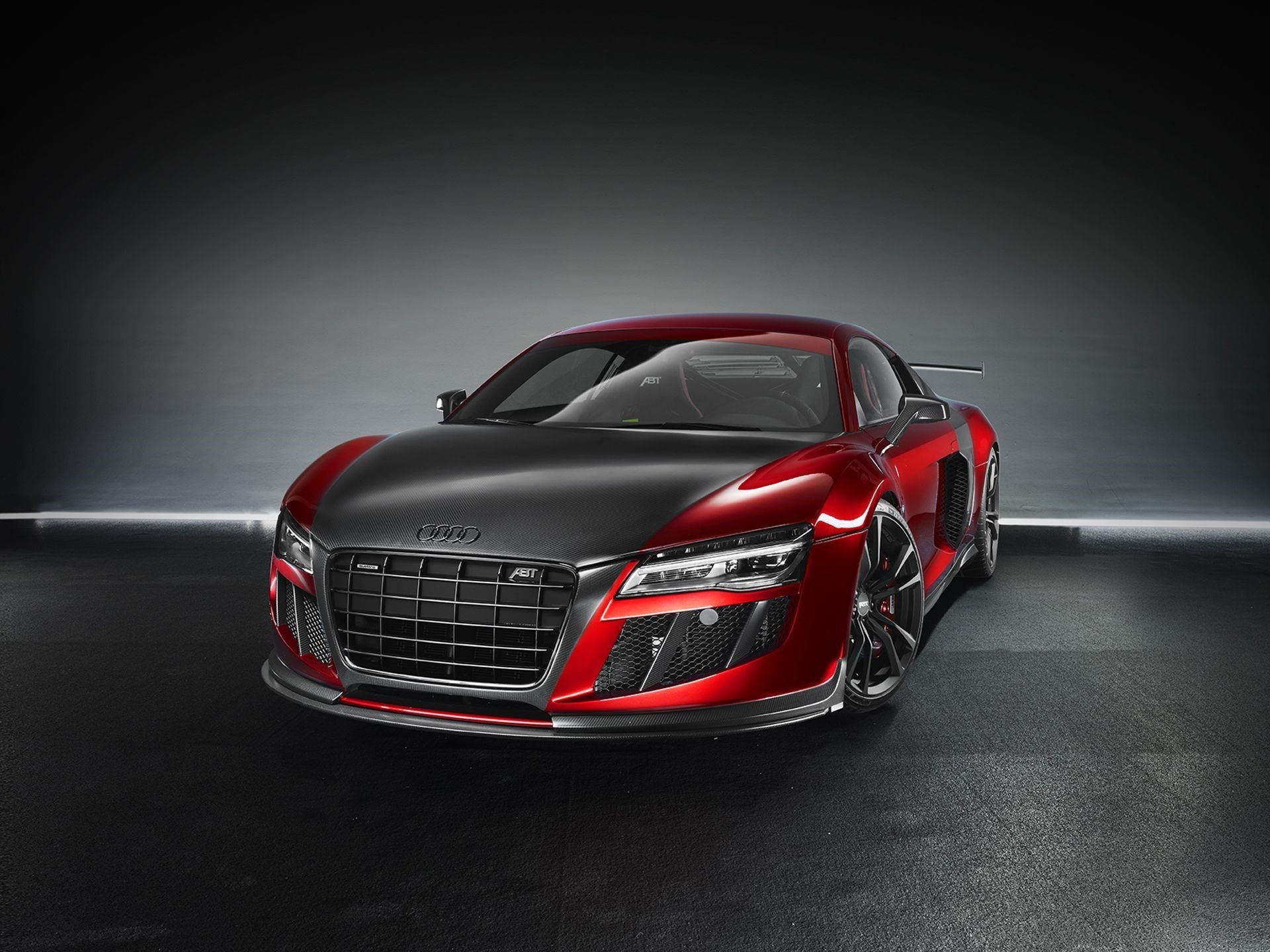 Audi R8 Front images