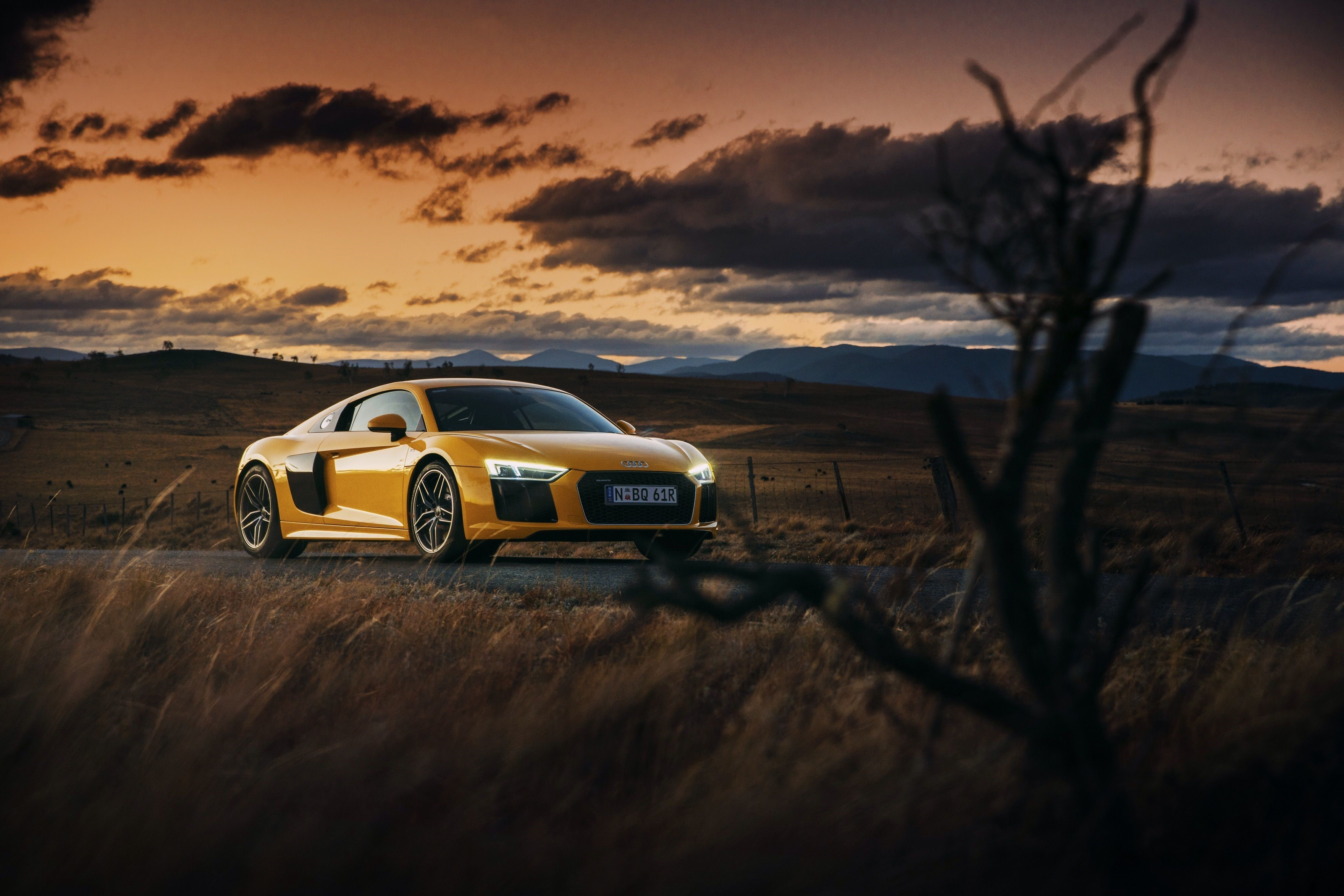 Audi R8 Front iphone Wallpapers
