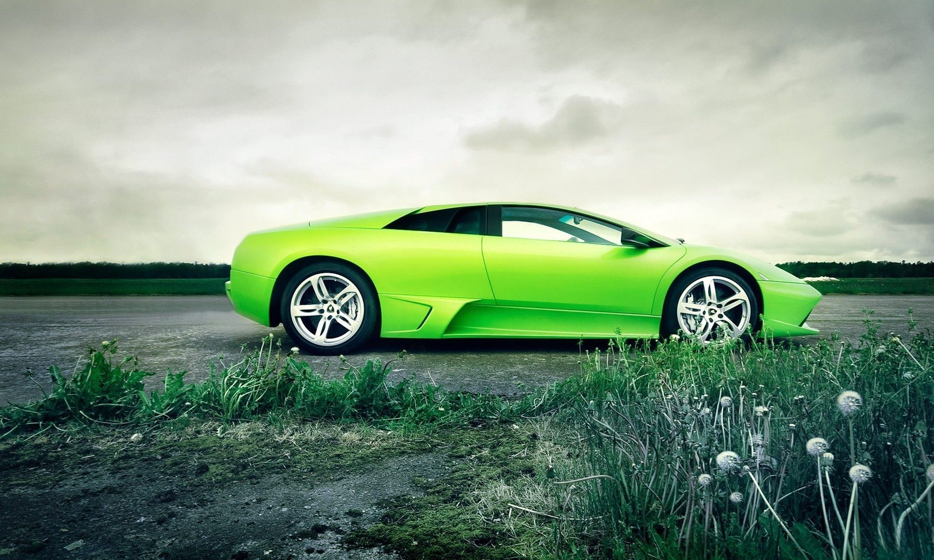 Awesome Cars Mobile Wallpapers