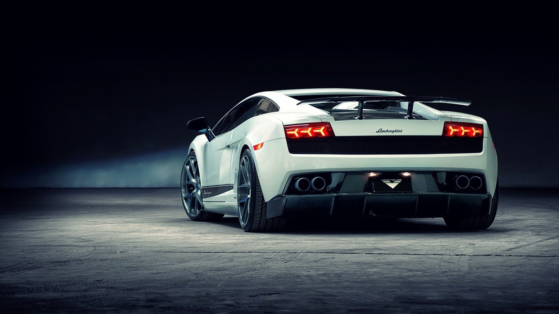 Awesome Cars Windows Background