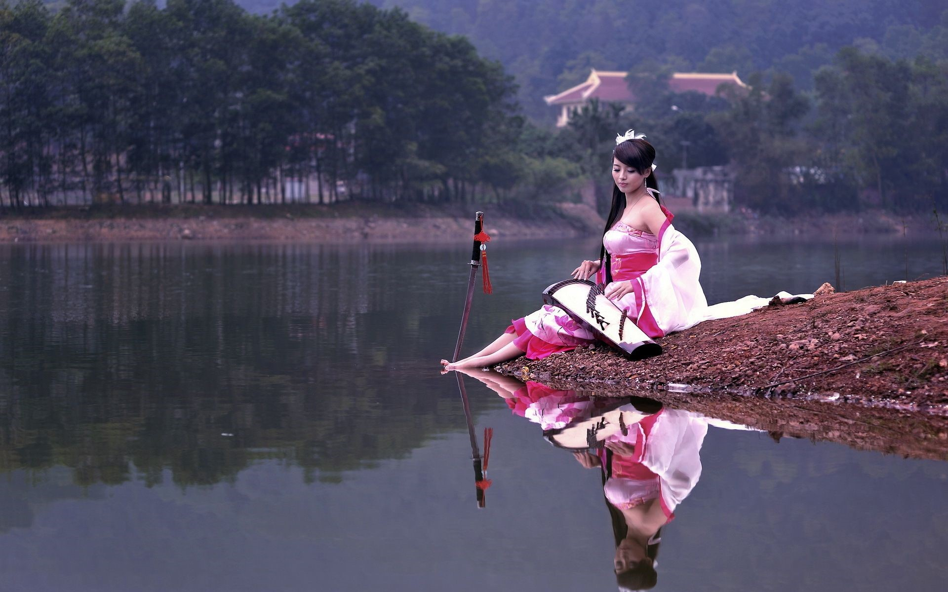 Japanese Samurai Girl Mobile HD Wallpaper