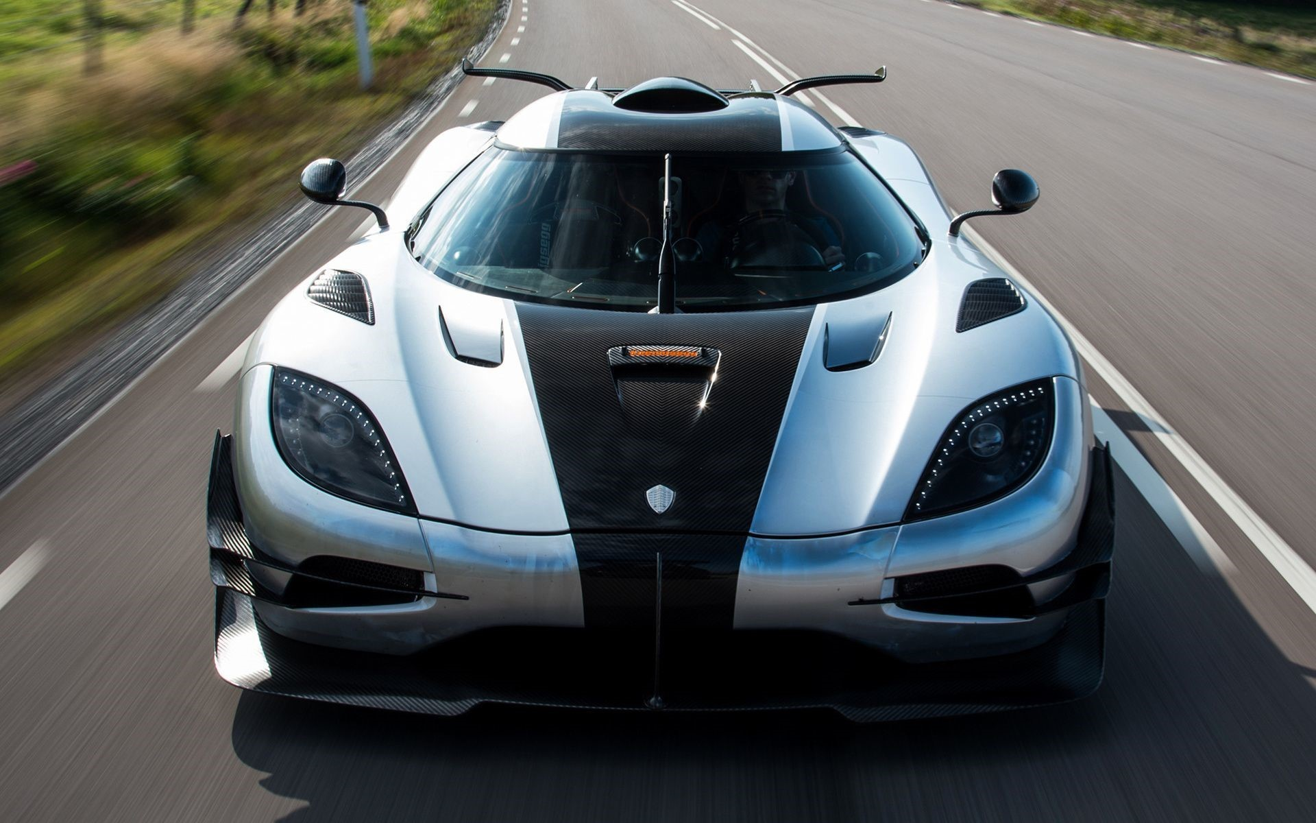 Koenigsegg One 1 Android Wallpapers