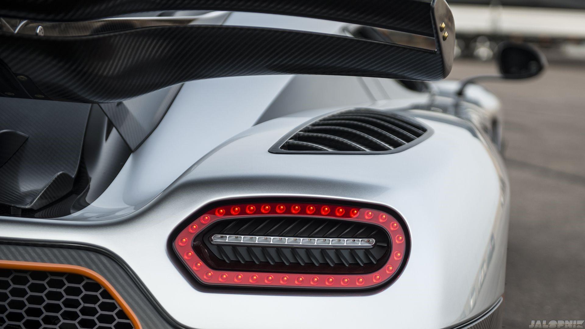 Koenigsegg One 1 Mobile Wallpapers