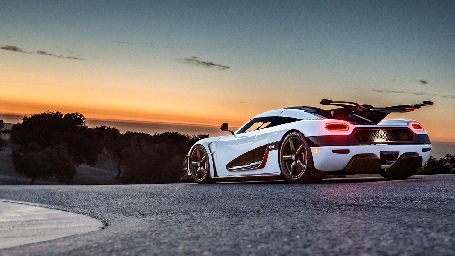 Koenigsegg One 1 Review