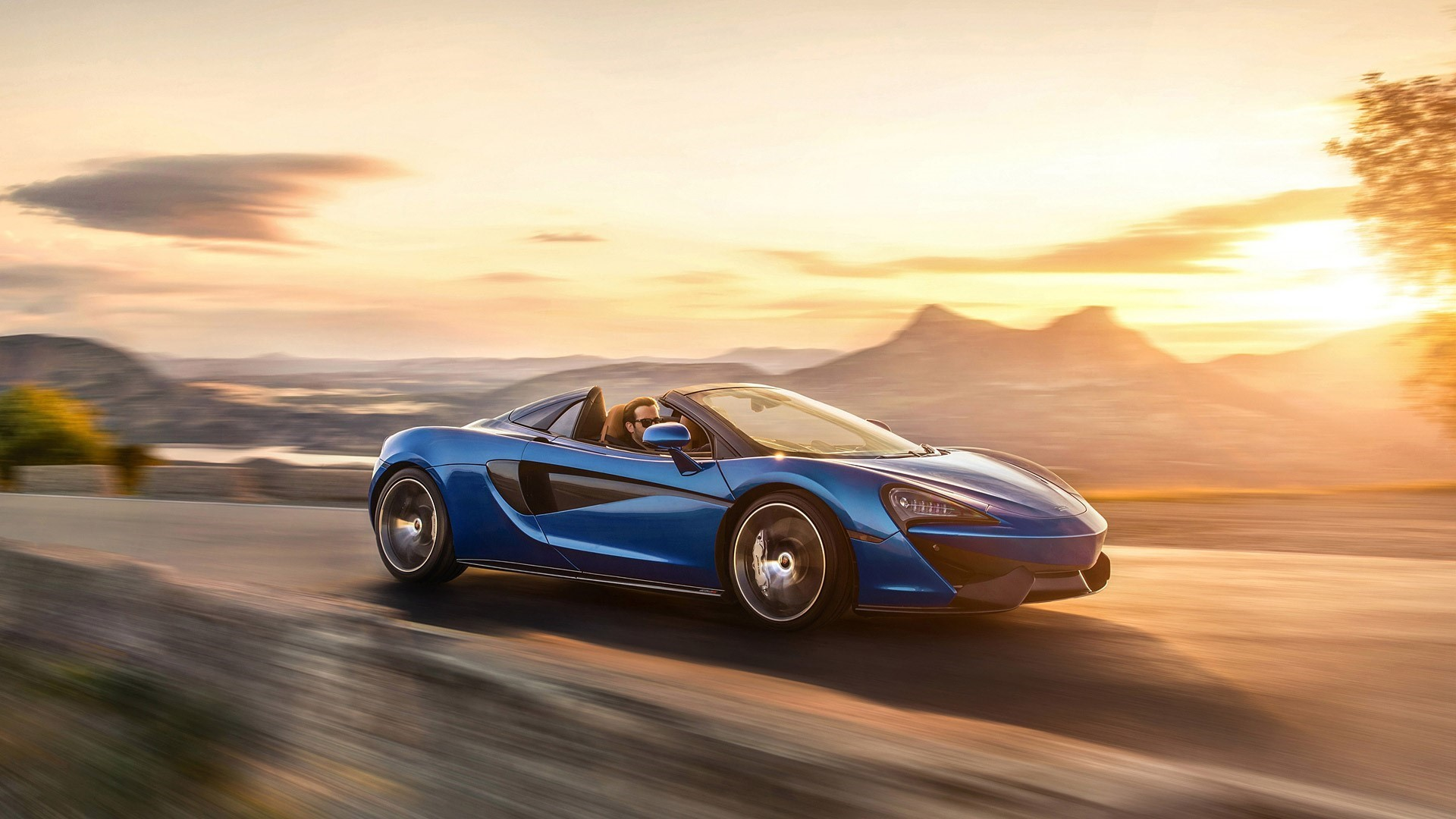 McLaren 570S UHD Wallpapers