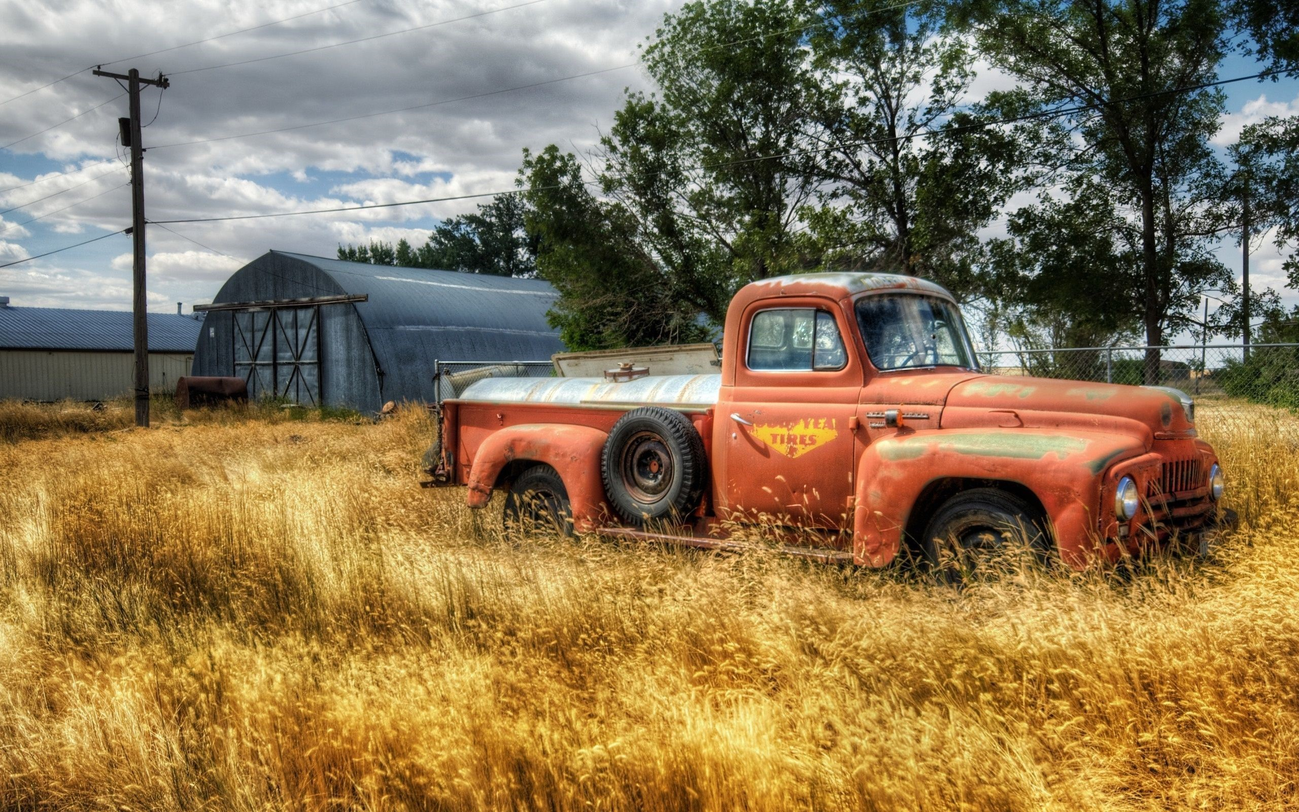 Old Cars Gallery