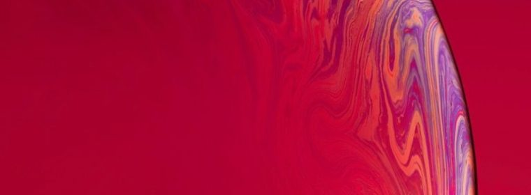 iPhone Xr variant wallpaper red